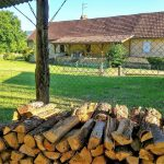 Villa Perigord Log Stack