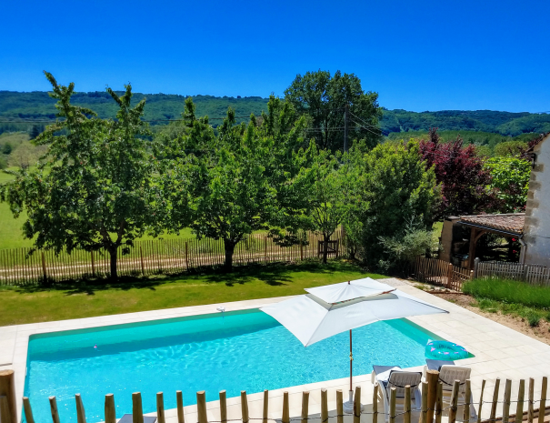 Villa Perigord Pool View